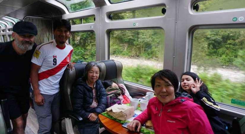 fantastic train trip to machu picchu