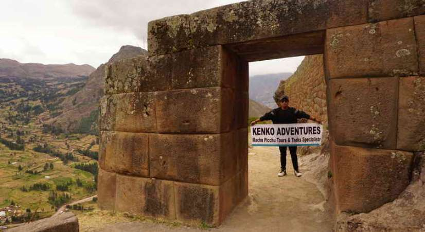 pisaq gate Machu Picchu hike with Sacred Valley Tour 2 Days