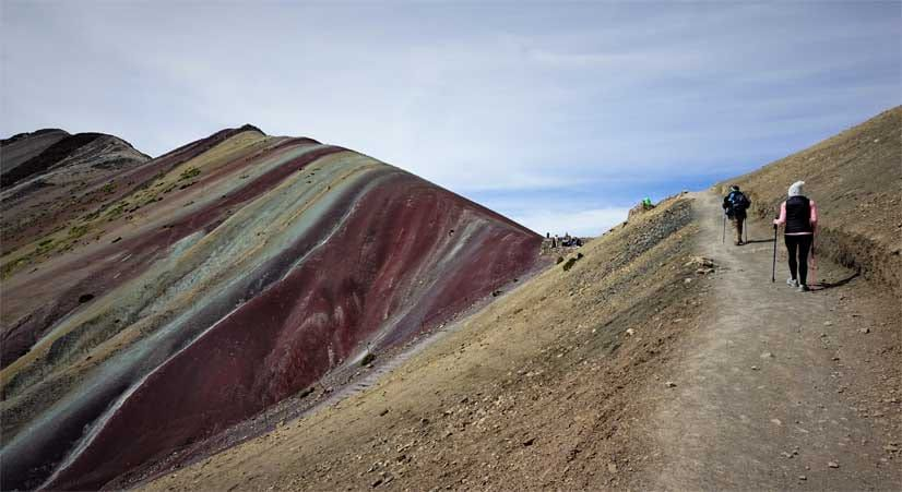 hike the rainbow mountain over 5000 meter